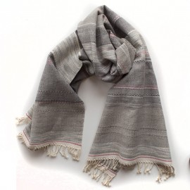 Cotton and cotton scarf flambéed with grey linen.
