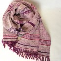 "Merina wool scarf pink-wine tones and white weft, with twills ""goose eye""."